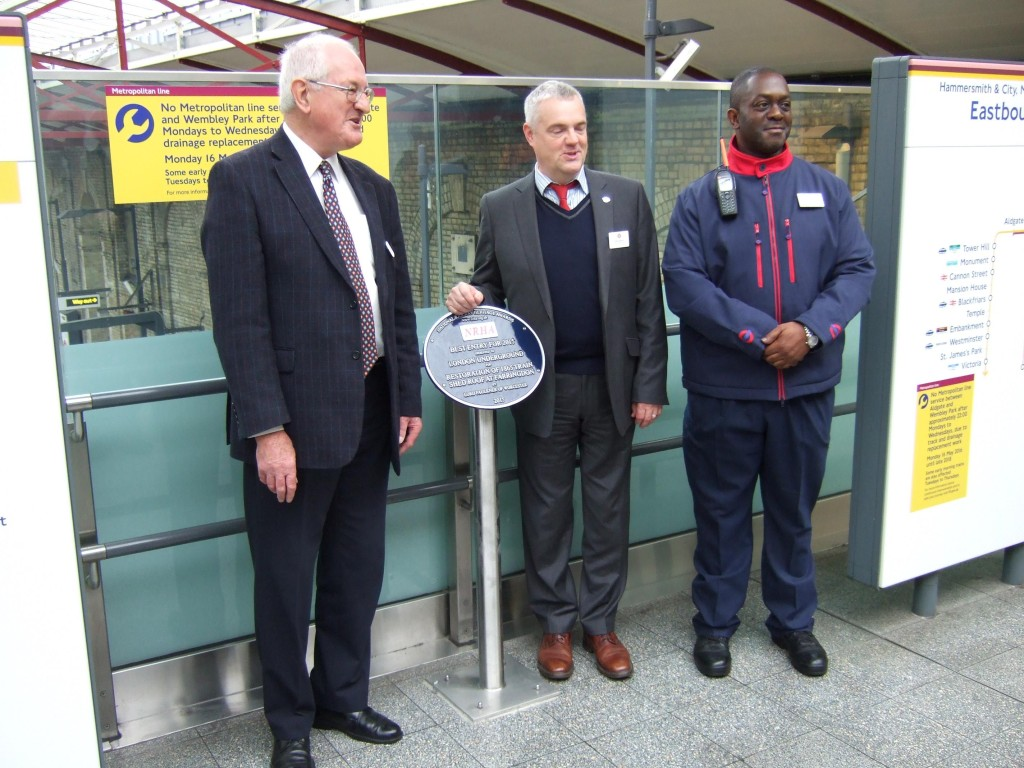 Farringdon plaque unveiled