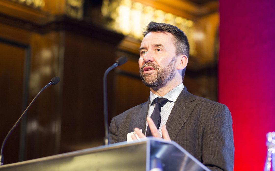 MARK WILD, LONDON UNDERGROUND MANAGING DIRECTOR, PRESENTS 2017 AWARDS